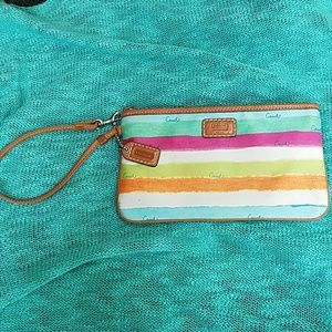 RARE Coach Wristlet Discontinued Abstract Stripes